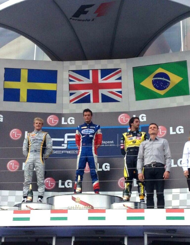 Felipe Nasr com Jolyon Palmer e Marcus Ericsson no pódio da GP2 na Hungria (Foto: Divulgação)