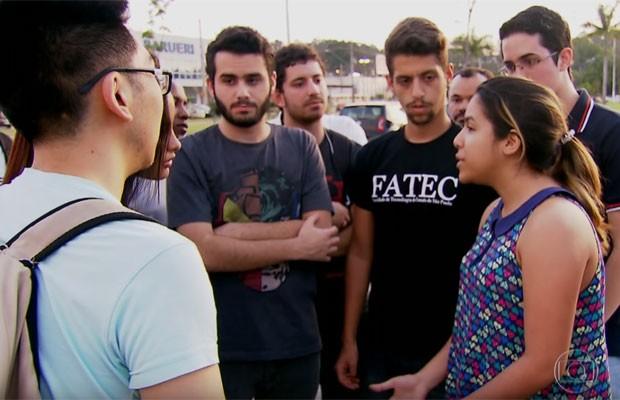 Alunos da Fatec de Barueri reclamam da falta de professor (Foto: TV Globo/Reprodução)