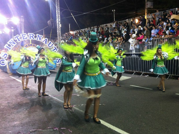'Os Internautas' homenagearam a cidade de Pinhais (Foto: Fernando Castro/G1)