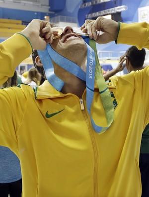 Thiago Pereira se torna o atleta com mais medalhas em Pan-Americanos (Foto: AP Photo/Mark Humphrey)