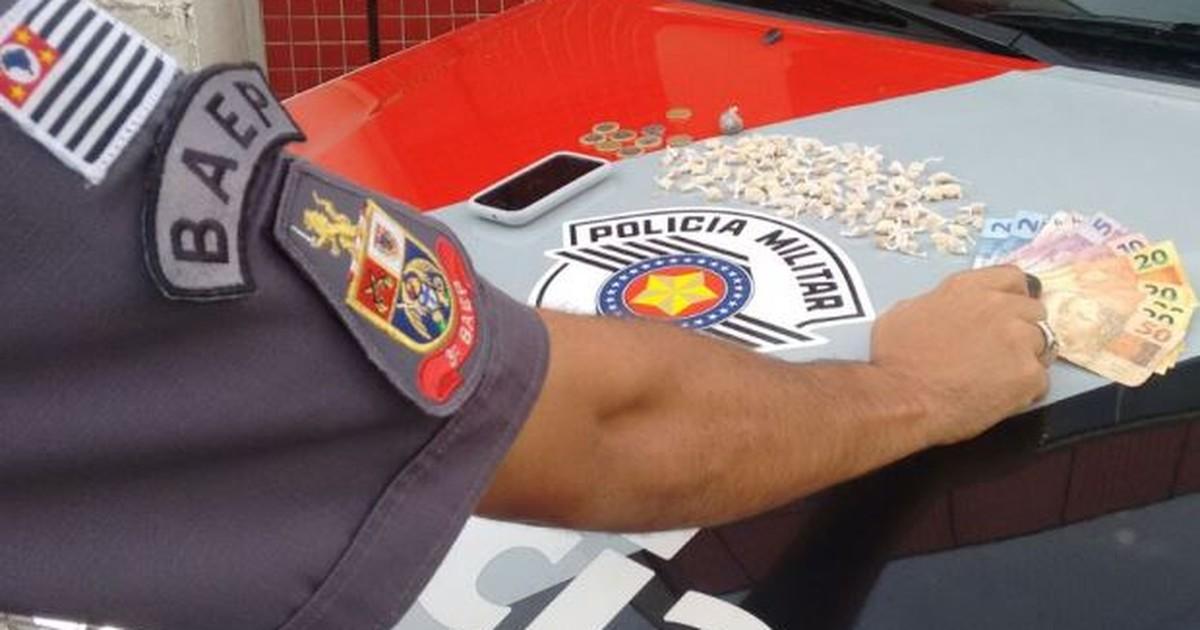 Jovem de 18 anos é preso por tráfico de drogas em Jacareí, SP - Globo.com