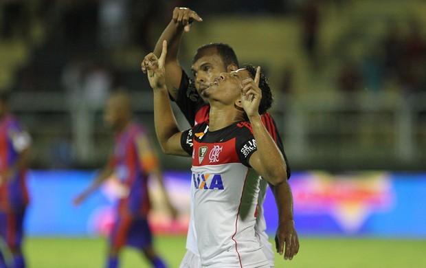 Nixon comemora, Bonsucesso x Flamengo (Foto: Alexandre Vidal/Fla Imagem)
