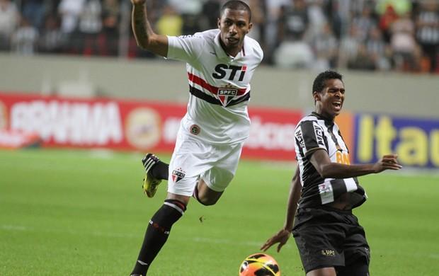 Paulo Miranda e Jo, São Paulo x Atlético-MG (Foto: Paulo Fonseca/Agência Estado)