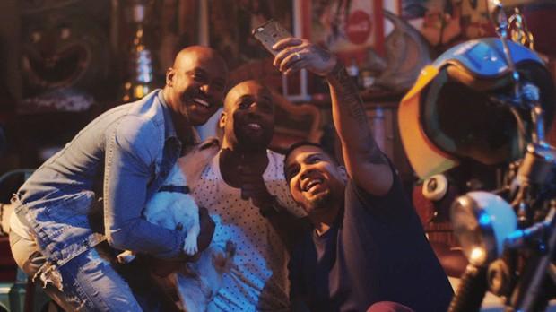 Thiaguinho lana clipe para 'Hey, Mundo!' (Foto: Divulgao)
