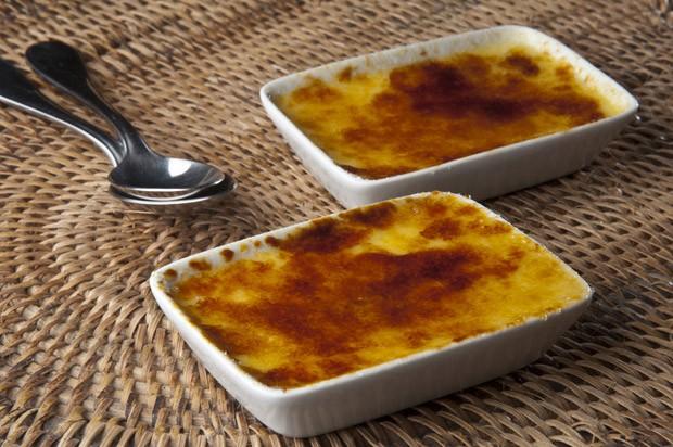 Creme brule de cream cheese com limo do chef Thomas Troisgros para Cozinhaterapia (Foto: Adriana Lorete)