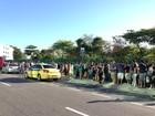 Filas nos pontos de ônibus especiais do Rock in Rio irritam fãs