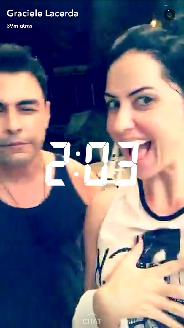 Zezé di Camargo e Graciele Lacerda (Foto: Reprodução/Snapchat)