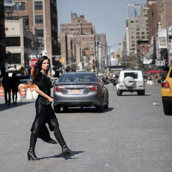 """Emanuelle filmou o novo vídeo em São Paulo: """" (Foto: Ana Cissa Pinto)"""
