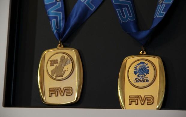 Tande medalhas da liga mundial (Foto: Thiago Fidelix / Globoesporte.com)