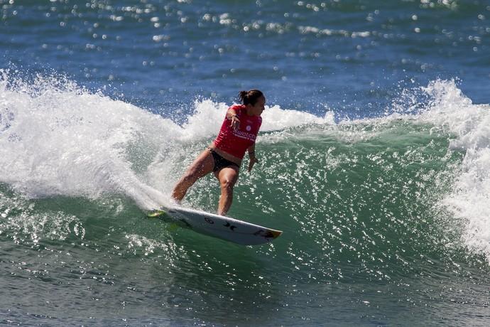 Carissa Moore em ação na etapa de Trestles do Circuito Mundial de Surfe (Foto: WSL / Kenneth Morris)