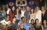 Miguel Falabella, Mart'nália, Luma Costa e elenco se despedem de 'Pé na Cova'; veja vídeo!