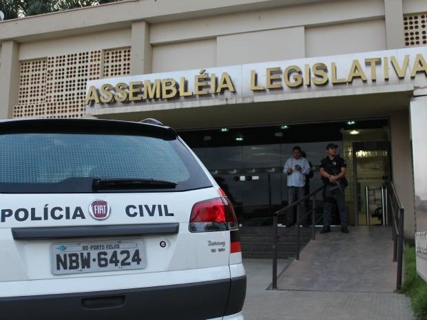 Deputados foram afastados do cargo temporariamente (Foto: Halex Frederic/G1)