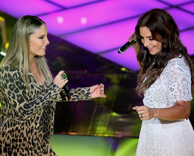 Claudia Leitte e Ivete Sangalo (Foto: The Voice Brasil / TV Globo)