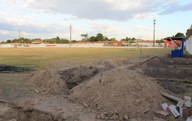 Estádio Desdeth de Melo, em Campo Maior, Piauí (Foto: Náyra Macêdo)