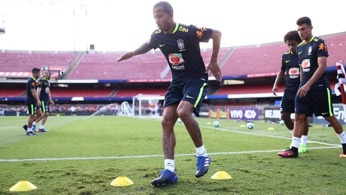 Mariano lateral da Seleção Brasileira (Foto: Lucas Figueiredo/CBF)