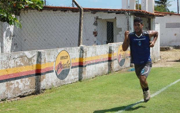Helinho, atacante do CSP (Foto: Expedito Madruga)