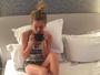 Fiorella Mattheis, em Londres, mostra foto com pijama: 'Aqui já é de noite'