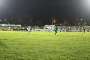 Gurupi x Londrina (Foto: Edson Reis/GloboEsporte.com)