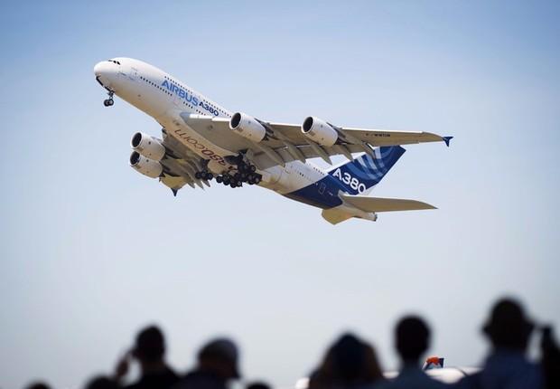 Airbus A380 apresentando durante a Feira Aeronáutica de Paris (Foto: Divulgação/F. Lancelot/Master Filmes)