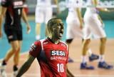 Serginho renova contrato com Sesi-SP e vai para sexta temporada no time