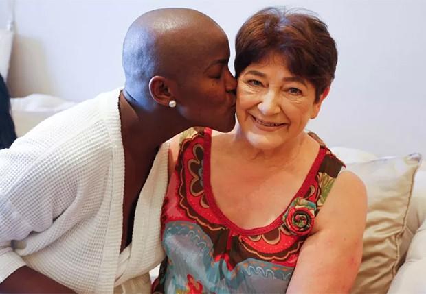 Angélica Ramos e a sogra, Renée Duchatelet (Foto: Ricardo Cardoso/Editora Globo)
