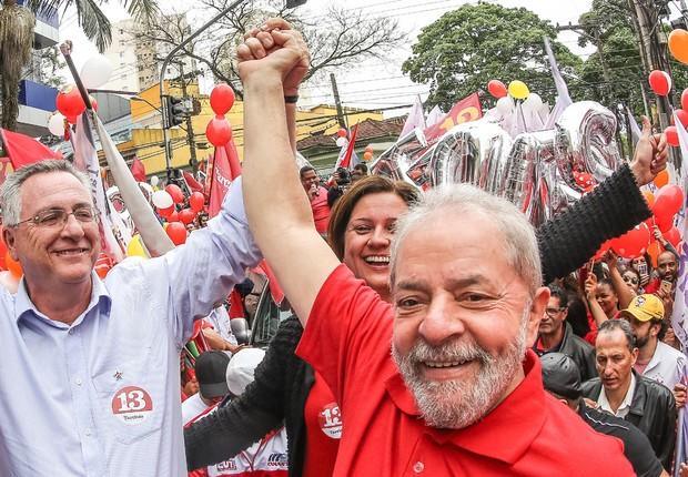 O ex-presidente Luiz Inácio Lula da Silva, durante caminhada com o candidato do PT a prefeitura de São Bernardo do Campo, Tarcísio Secoli (Foto: Ricardo Stuckert/Instituto Lula)