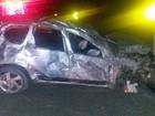 Carro capota e homem é arremessado do veículo na BR-104 em Agrestina