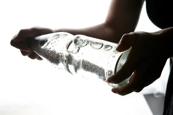 Beba MUITA água! (Foto: Getty Images)