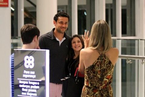 Fred com namorada (Foto: Johson Parraguez/Photorio News)