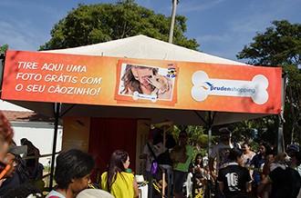 O Prudenshopping montou uma cabine fotográfica para presentear os participantes (Foto: Rodrigo Oliveto)