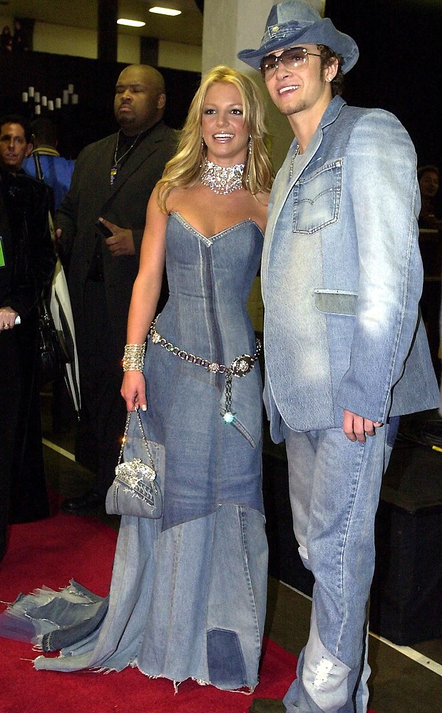 Resultado de imagem para look jeans britney justin