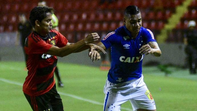 Bryan; Cruzeiro (Foto: Anderson Stevens/Light Press)