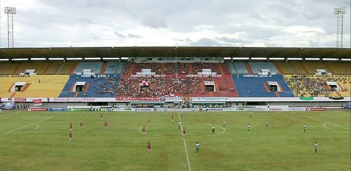 Estádio Morenão recebe 2,4 mil pessoas na reabertura (Foto: Reprodução/TV Morena)