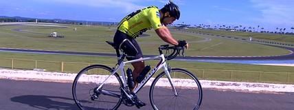 Após perder a perna, ex-motociclista se dedica ao ciclismo em Goiânia