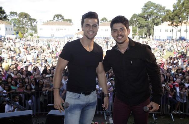 Vitor e Vanuti The Voice (Foto: Luiz Renato Correa/RPC)