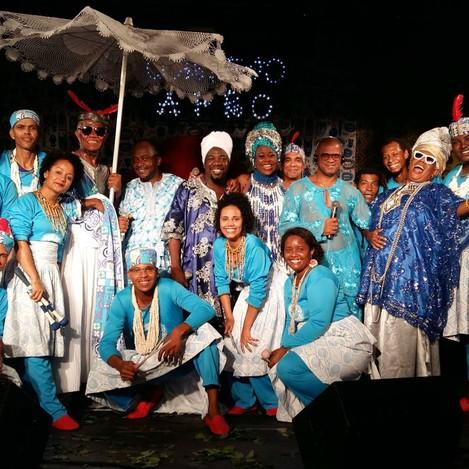 Cortejo Afro e convidados (Foto: Divulgação/Cortejo Afro)