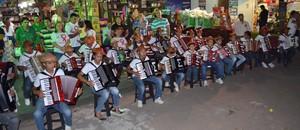 Inspirados em Gonzagão, 25 jovens integram orquestra sanfônica (Jocaff Souza/G1)