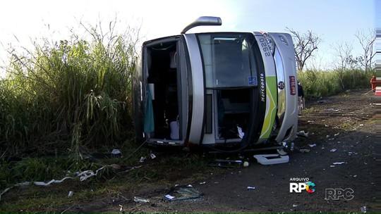 Motorista de ônibus que tombou em Tamarana é indiciado por homicídio
