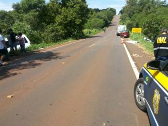 Acidente foi após descida em trecho de pista simples (Foto: PRF / Divulgação)