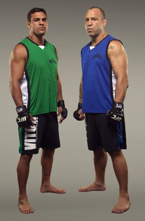 Vitor Belfort e Wanderlei comandam os lutadores (Foto: André Schiliró  / TV Globo)