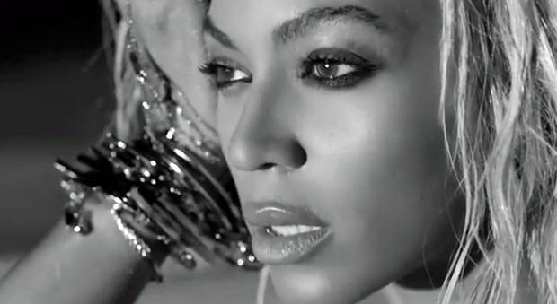 Beyoncé do clipe 'Drunk in love' (Foto: Divulgação)