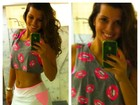 Renata Santos exibe barriguinha em selfie