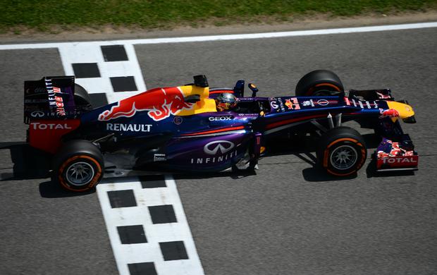 Sebastian Vettel RBR treino livre GP da Espanha (Foto: AFP)