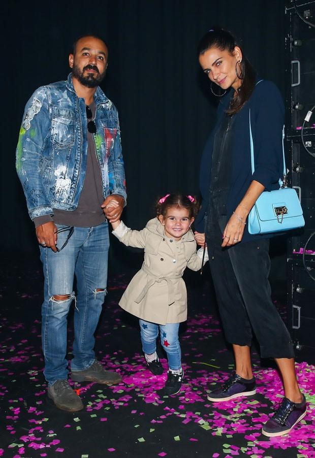 Fernanda Motta e Roger Rodrigues com a filha, Chloe (Foto: Manuela Scarpa/Brazil News)