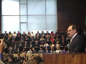 Governador José Ivo Sartori faz discurso de posse no Planário da Assembleia Legislativa do RS, em Porto Alegre (Foto: Caetanno Freitas/G1)