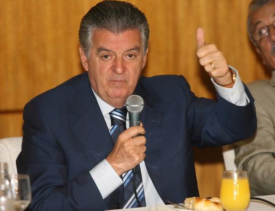 Walfrido dos Mares Guia, em 2007 (Foto: Agência O Globo)