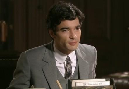 Fernando dará golpe na empresa do pai (Foto: Reprodução)