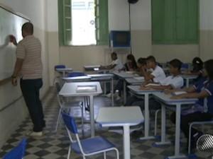 colégio central; bahia; greve dos professores (Foto: Reprodução/TV Bahia)