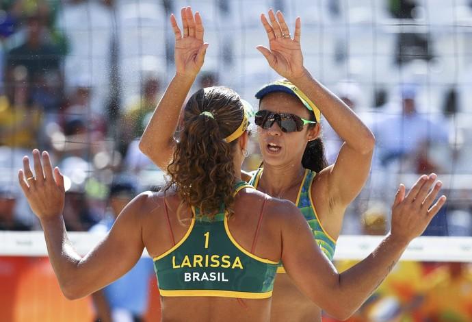 Larissa e Talita; vôlei de praia; olimpíada 2016 (Foto: REUTERS/Lucy Nicholson)