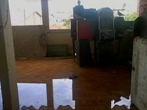 Instalações da sede da 3ª delegacia estão em condições precárias (Foto: Reprodução/ TV Asa Branca)